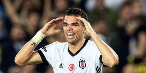 (OFICIAL) Pepe queda fuera del Besiktas turco