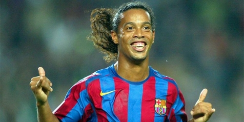 (OFICIAL) Ronaldinho confirma su retirada del fútbol profesional