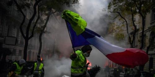 Protesta de los chalecos amarillos obligó a paralizar algunos partidos en Francia