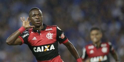 (RUMOR) Aconsejan al Real Madrid que enliste a Vinicius en el mercado de invierno