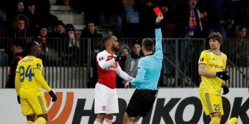UEFA sanciona a Lacazette con tres partidos