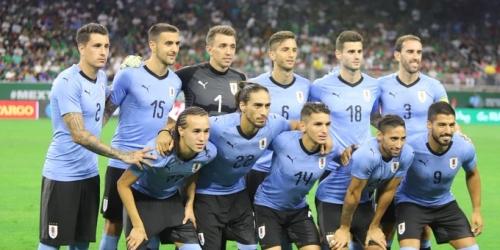 Uruguay presenta lista de jugadores para medirse a Francia