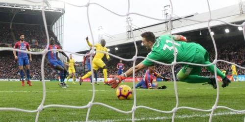 (VIDEO) Con susto, Kanté logra sacar tres puntos valiosos para el Chelsea
