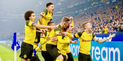 (VIDEO) El Dortmund gana el derbi y se dispara