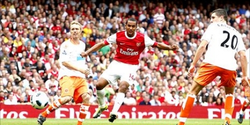 (VIDEO) En partido complicado, Arsenal avanza a los cuartos de final de la Copa de la Liga