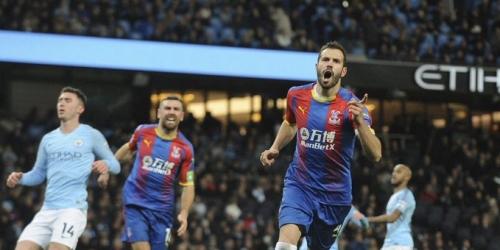 (VIDEO) Manchester City se tropezó ante el Crystal Palace y se alejó de la cima