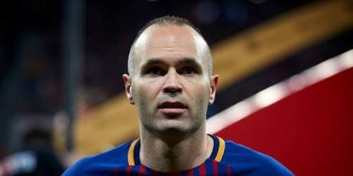 Zidane se despide de Iniesta en los vestuarios